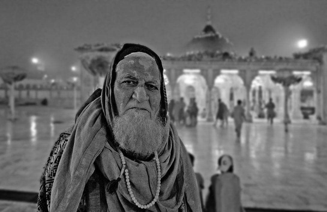 Lahore-Mausoleo Data Ganj Baksh 14 BN